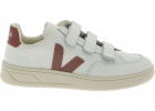 V lock Sneakers In White With Pink V