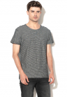 Tricou Regular Fit Cu Model In Dungi