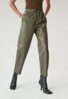 Pantaloni jogger crop din piele ecologica Apple