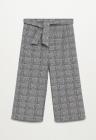 Pantaloni cu croiala ampla si model in carouri Pata7